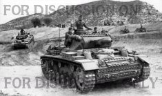 "Operation Eilbote : Pz.3 ""04"" crosses Oued Maarouf"