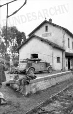 Medical vehicle at Sidi N'sir