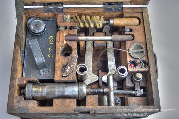 Armourer's box contents for Tiger E