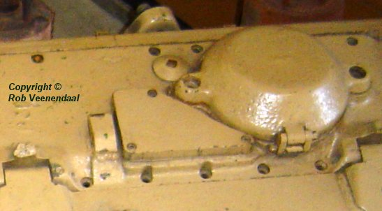 Engine Deck Plates : Rear cover plate on engine compartment tiger
