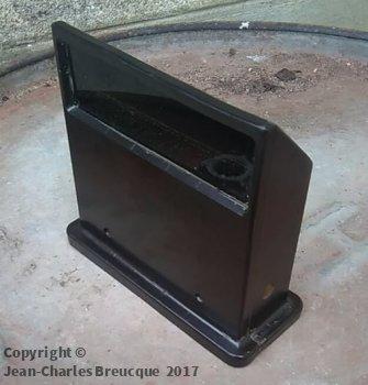 Half of a vertical periscope