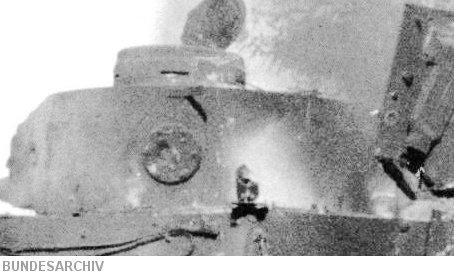 1.4 meter turret bin on Totenkopf Tiger