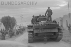 Panzers in Jedeida