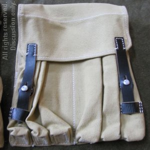 Ammunition pouch for the MP40 in vehicles